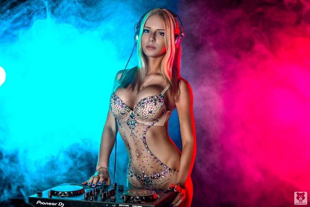 Hoe moet je flirten in een disco